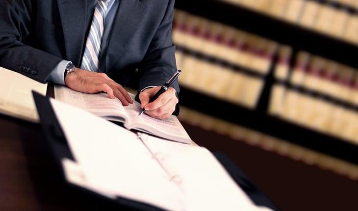 Att tro att en större juristbyrå alltid är bättre