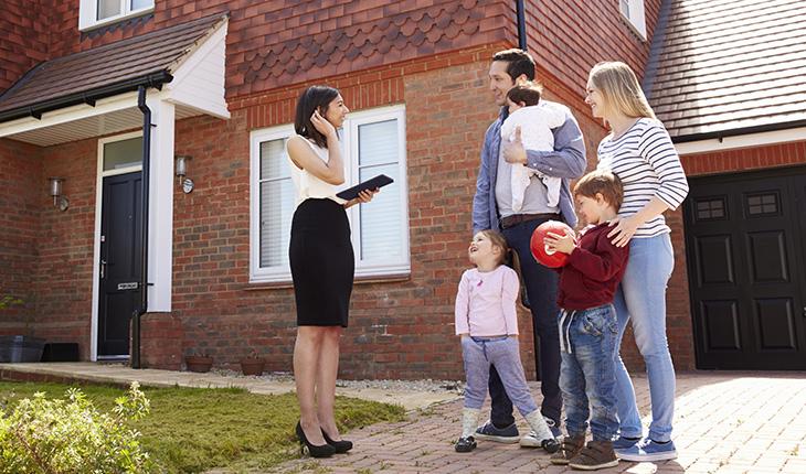 Köparen (och säljaren) invaggas i falsk trygghet för att dolda-fel försäkring finns