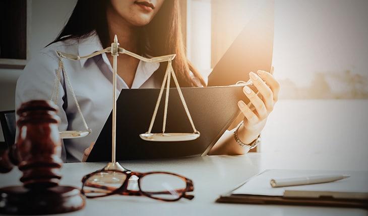 Accepterar ett nej från säljaren baserat på försäkringsbolagets bedömning